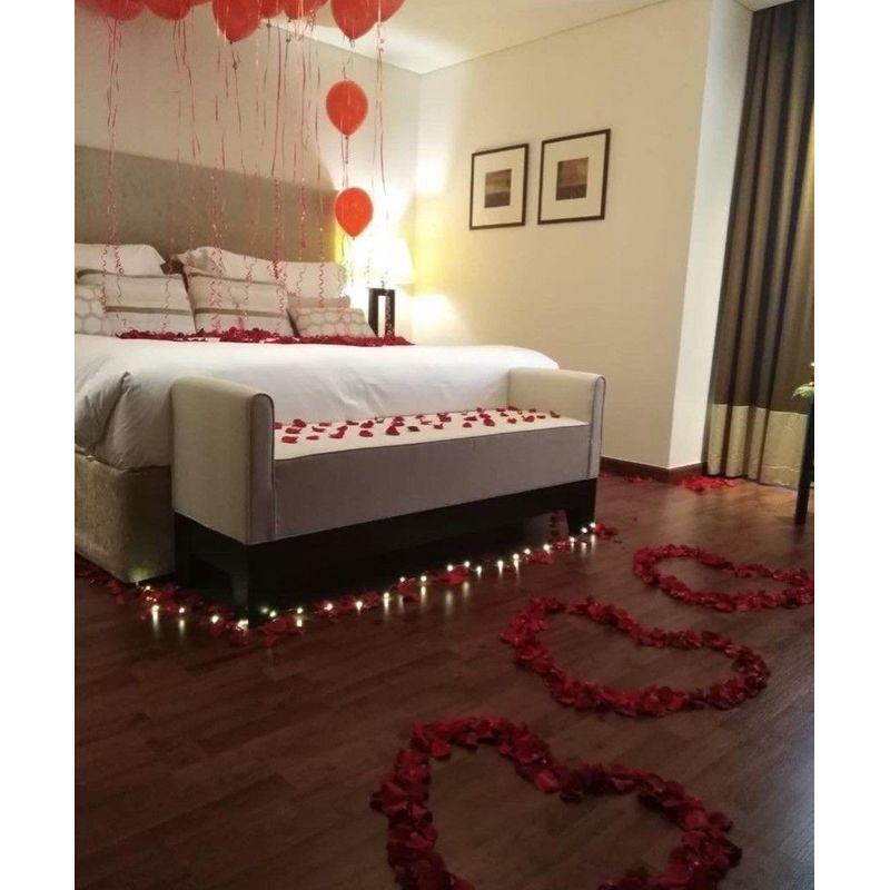 Romantic Bedroom Heart Setup Decor Between Flowers Design