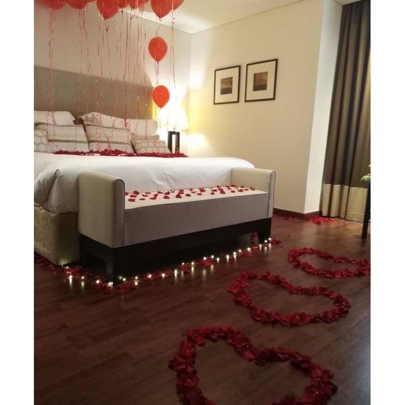 Romantic Bedroom Heart Setup Decor Between Flowers Design Florist In Weston Fl Local Flower Delivery In Weston Fl 33326 Pembroke Pines Plantation Fl
