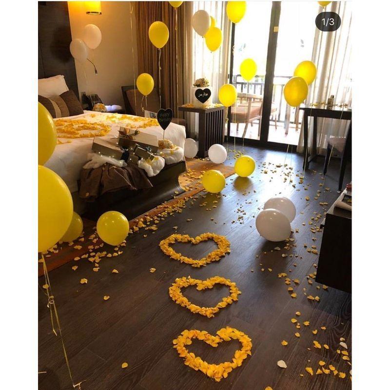 Yellow Bedroom Heart Petal Balloon Decoration Between