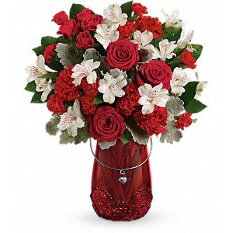 Telefloras Redhaute Bouquet Bismarck Nd Florist Rustic Petals