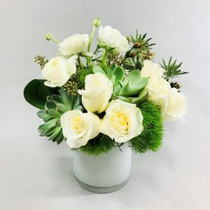 Winter flowers bloom couture floral studio boston ma 02118 white and green couture coastal vision in boston ma bloom couture floral studio mightylinksfo