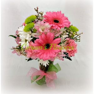 Corums flowers gifts serving council bluffs omaha since 1910 pretty in pink bouquet in council bluffs iowa corums flowers and gifts mightylinksfo