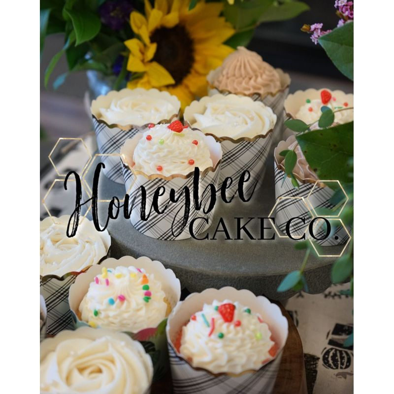 Peachy Honeybee Cake Co Cupcakes Queen Creek Florist The Cottage Flowers Funny Birthday Cards Online Hendilapandamsfinfo
