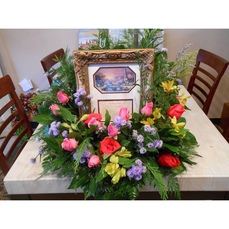 Picture With Floral Arrangement Crown Florals Parkersburg Wv 26101