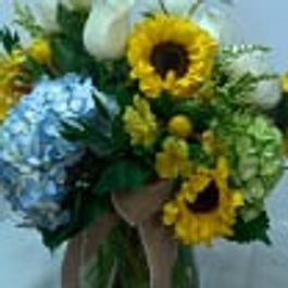 Spring flowers designs by gail argyle floral boutique justin western field mightylinksfo