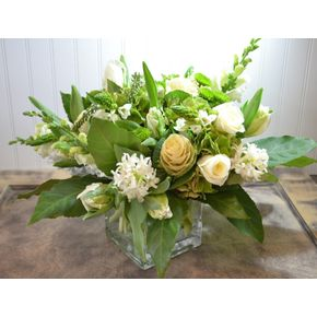 Fresh White And Green In Clarendon Hills IL The English Garden Flower Shop