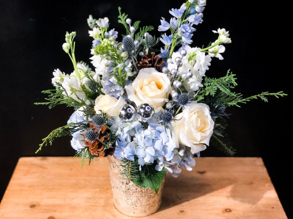 No 201 Blue Christmas Suwanee Ga Florist Suwanee Towne Florist Top Rated Local Flower Shop