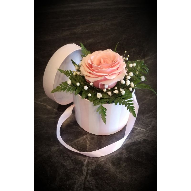 Mother S Day Boxed Single Rose Forest Flowers Gift Gallery