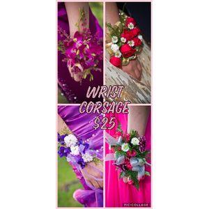 Corsage in Hamilton AL, Hamilton Flowers & Gifts