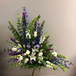 Sympathy and Funeral Sprays and Baskets Hiway Flowers