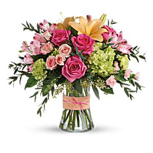 Blush Life Bouquet in Cincinnati OH, Hyde Park Floral and Garden
