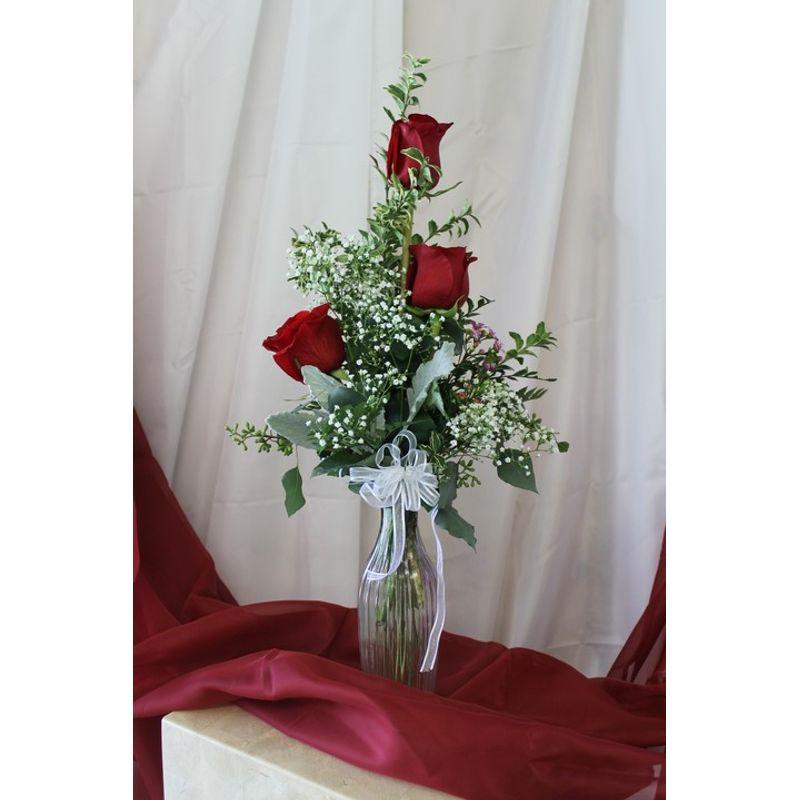 3 Rosebud Vase Kauais Florist Sonflower Florist Gifts Llc