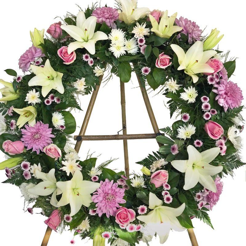 24 Custom Wreath Kamloops Flower Delivery Kamloops Florist