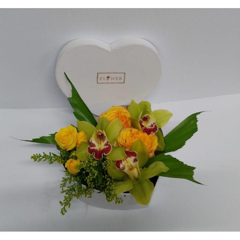A Heart Of Gold Kensington Florist Calgary S Flower Shop Same Day