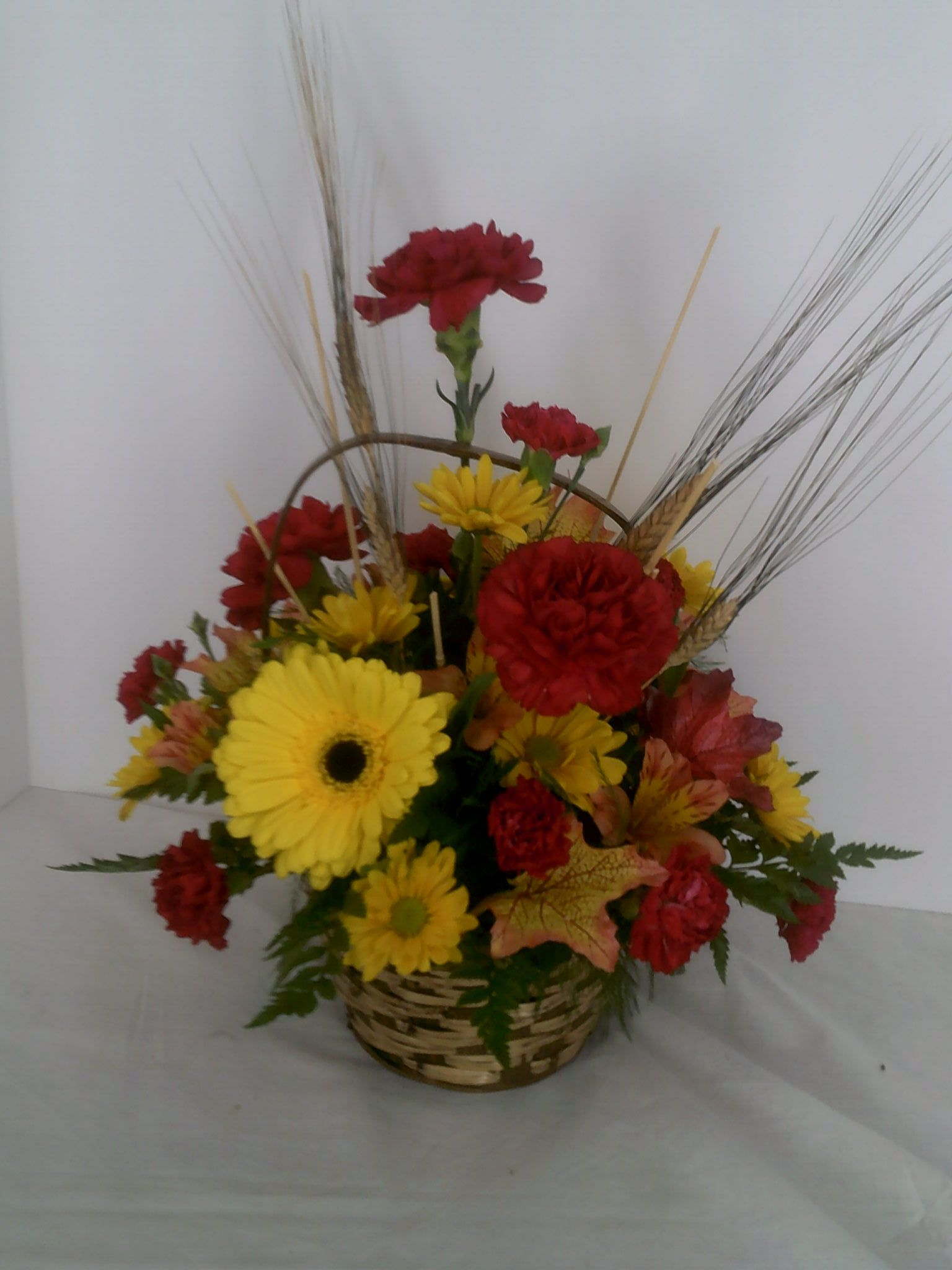 L 91 Basket Full Of Fall Leith Flower Plant Gift Shop Plaistow