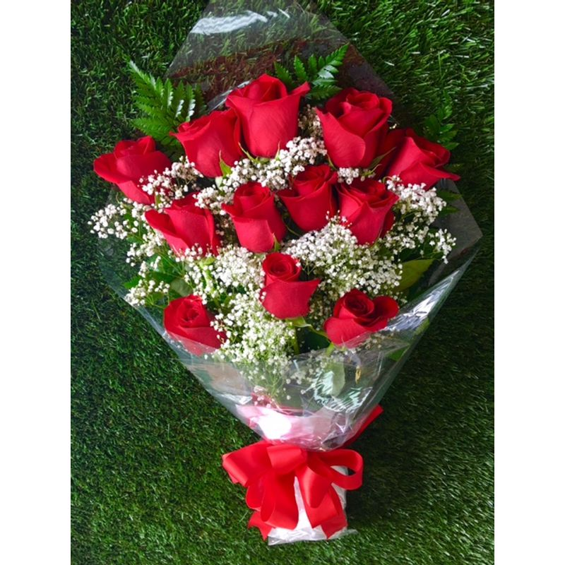 Dozen Roses Presentation Bouquet Oak Lawn IL Flower Shop - Local ...