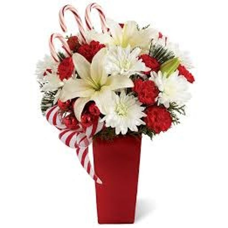 Christmas Splendor Bouquet S 6899 M 7899shown L 8899