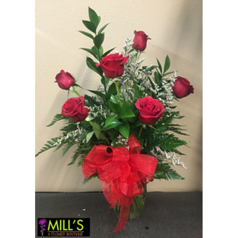 Half Dozen Roses In A Vase Mills Flowers And Gifts Mt Pleasant