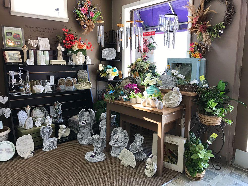 NATURE NOOK® FLORIST & WINE SHOP — Cincinnati, OH Florist