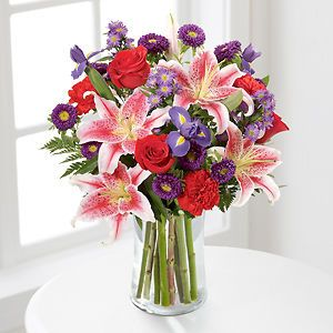 Stunning Beauty™ in Omaha NE, Twigs Flowers & Gifts