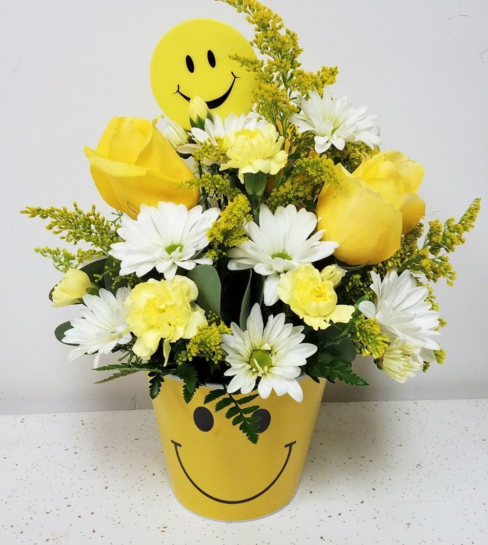 Smile Face Bouquet Norman Florist Flower Shop In Flanders Livingston