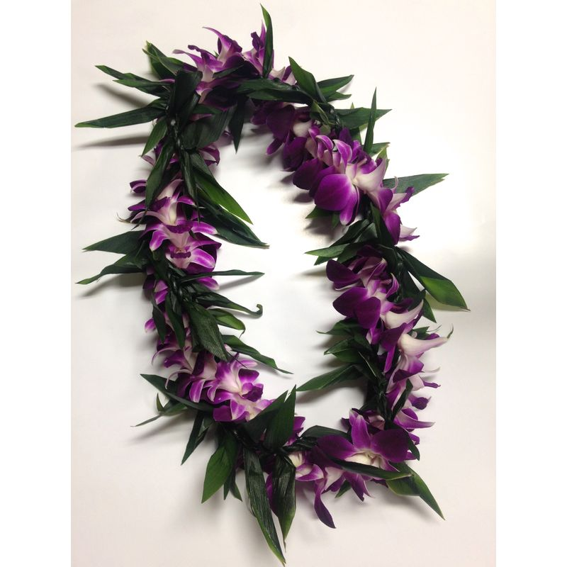 Maile Style Closed Ti Leaf Lei Intertwined With Purple Bombay