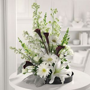 Black And White Style in Cohasset MA, Paul Douglas Floral Designs