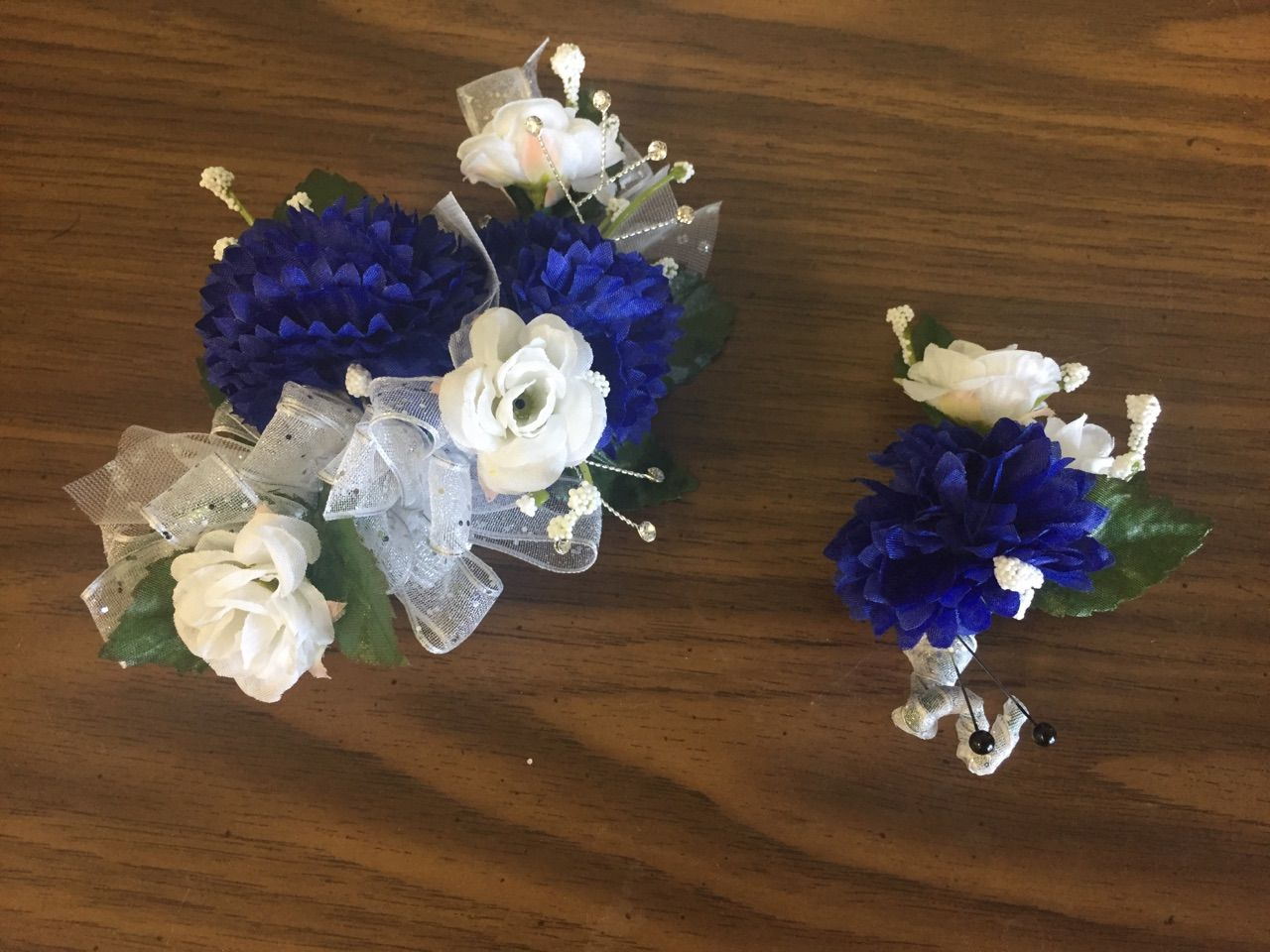 Corsages and boutonnieres glendale peoria phoenix az 85051 we also specialize in silk flower corsages that will last a lifetime izmirmasajfo