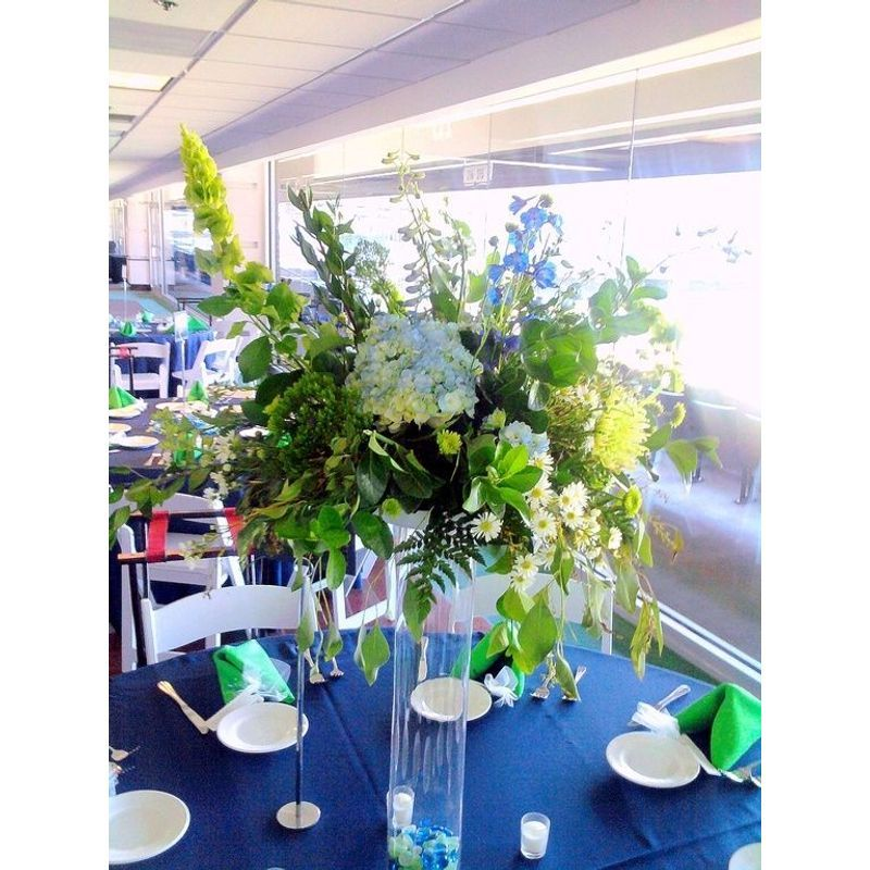 Large Centerpieces On Tall Vases Littleton Florist Pretty Petals Local Flower Delivery Littleton Co 80120