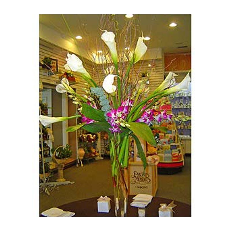 DIANE'S CENTERPIECE Santos Florist