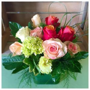 Seacoast florist hampton nh for Natural multi colored roses
