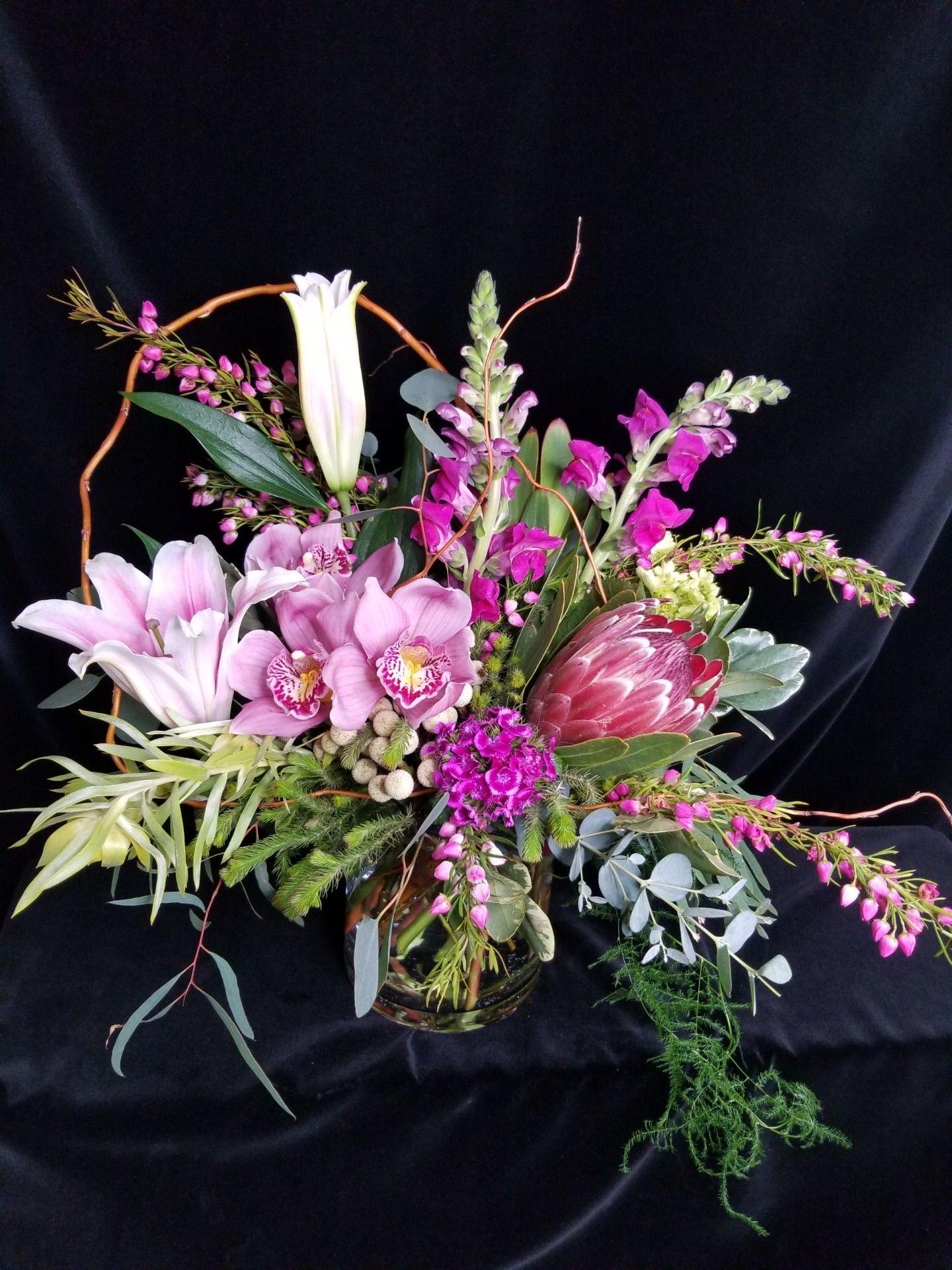 Designer's Choice Deluxe Seattle Florist: Flower Lab ...