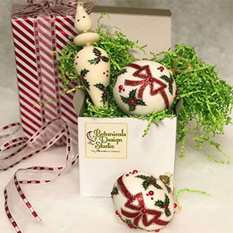 Holly Ornament Set St Louis Mo Florist Botanicals Design Studio