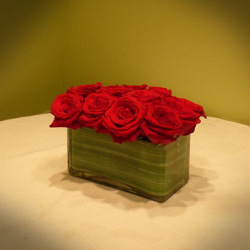 Red Bed Of Roses Valentine St Louis Mo Florist Botanicals Design