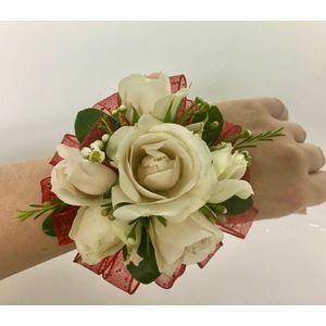 Prom Flowers Studio 27 Flowers Taunton Ma Florist Step Beyond