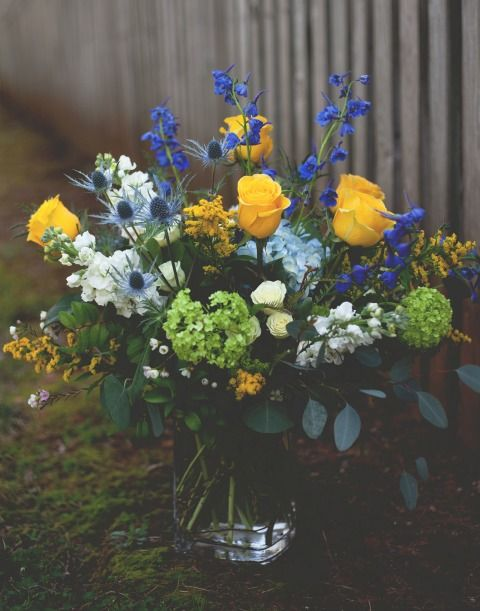 The Flower Cupboard Local Florist Delivery In Cary Nc Wedding Flowers