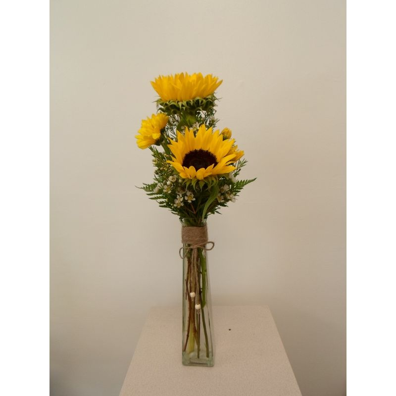 Sunflowers In Vase The Flower Shoppe Poquosons Choice Florist