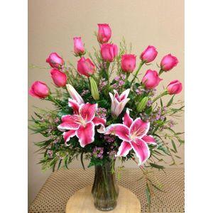 Pink Roses & Pink Lilies in Las Vegas Nevada , VIP FLORAL DESIGNS