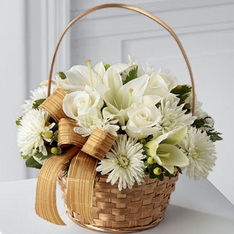 FTDR Winter WishesTM Bouquet Birthday Funeral Flower Arrangements